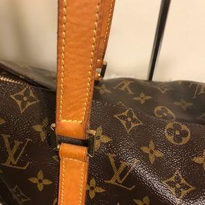 Louis Vuitton Bags - 🌸SOLD🌸 🌼LV Cabas Mezzo🌼